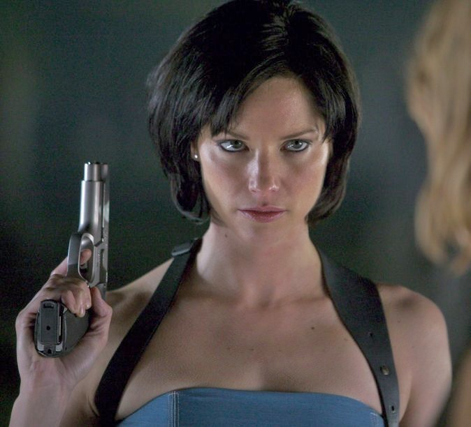Bring Sienna Guillory Back As Jill Valentine In Resident